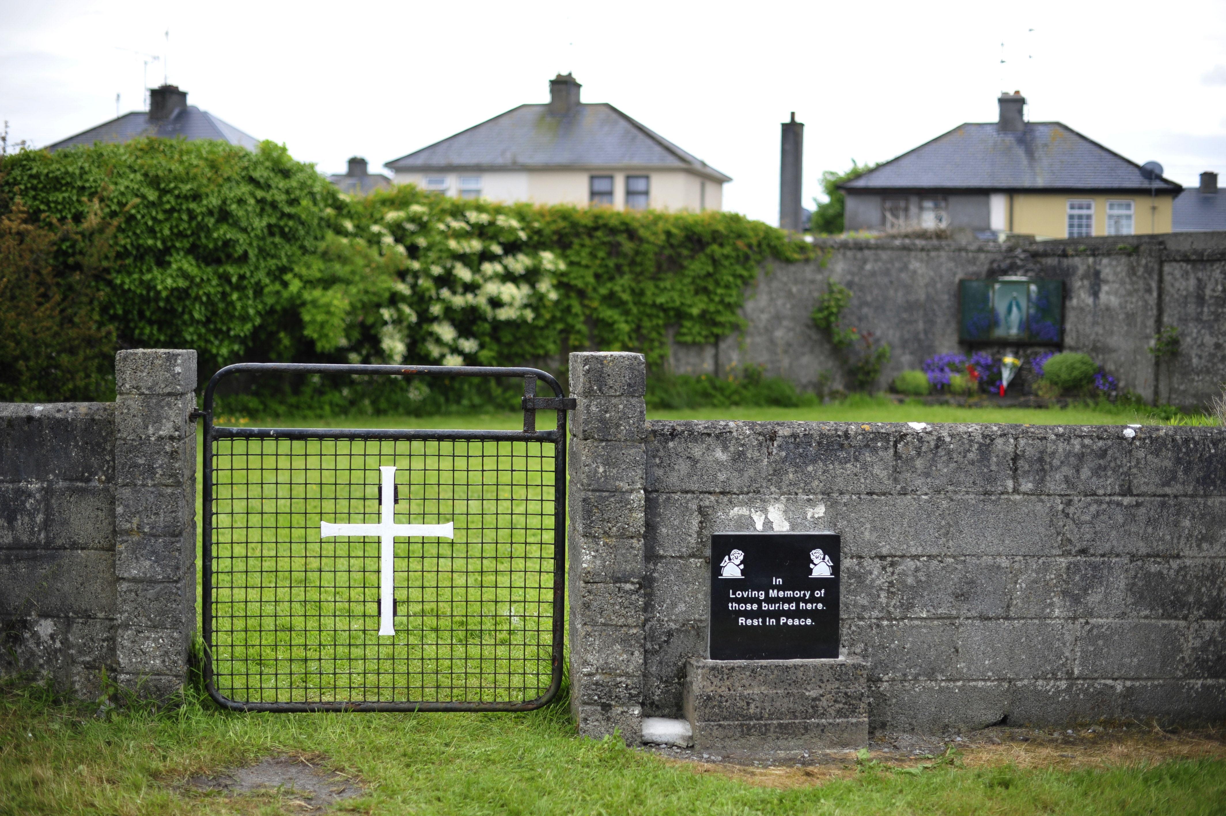 Imagen de la entrada de la institución de Tuam, en la que murieron más de 700 recién nacidos