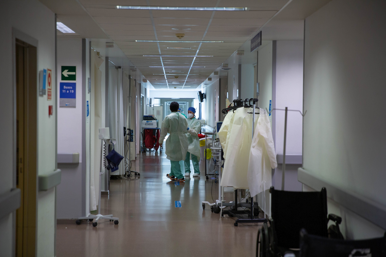 Sanidad incorpora otros 93 trabajadores al hospital de Torrevieja, y ya suma 214