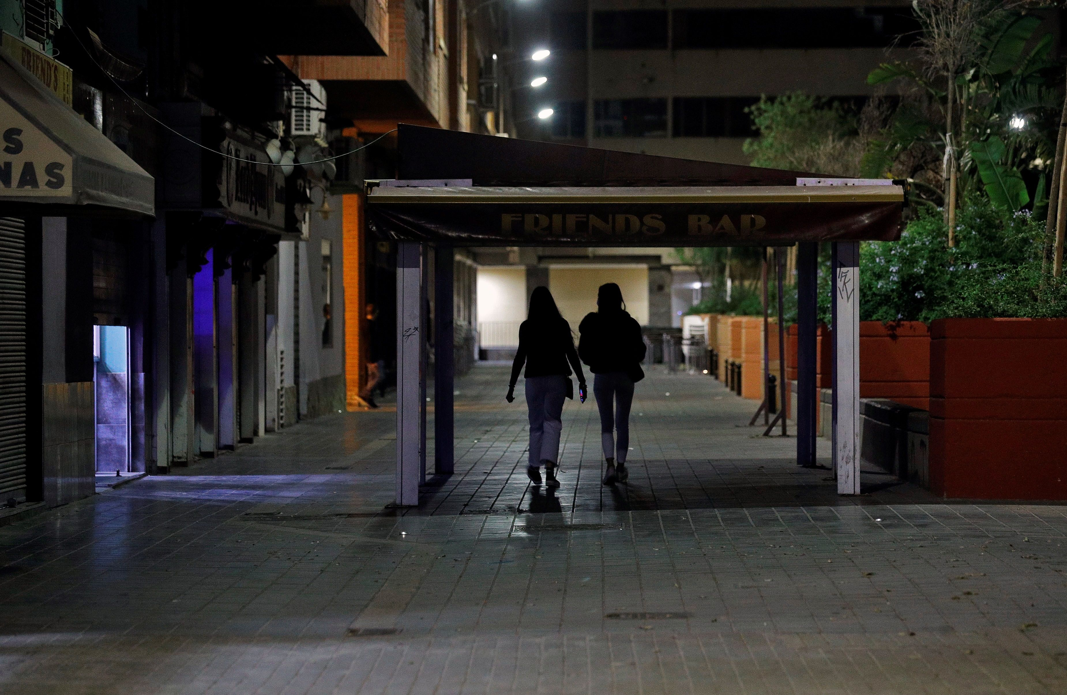 El TSJ valenciano mantiene el cierre del ocio nocturno a las 2.00 horas
