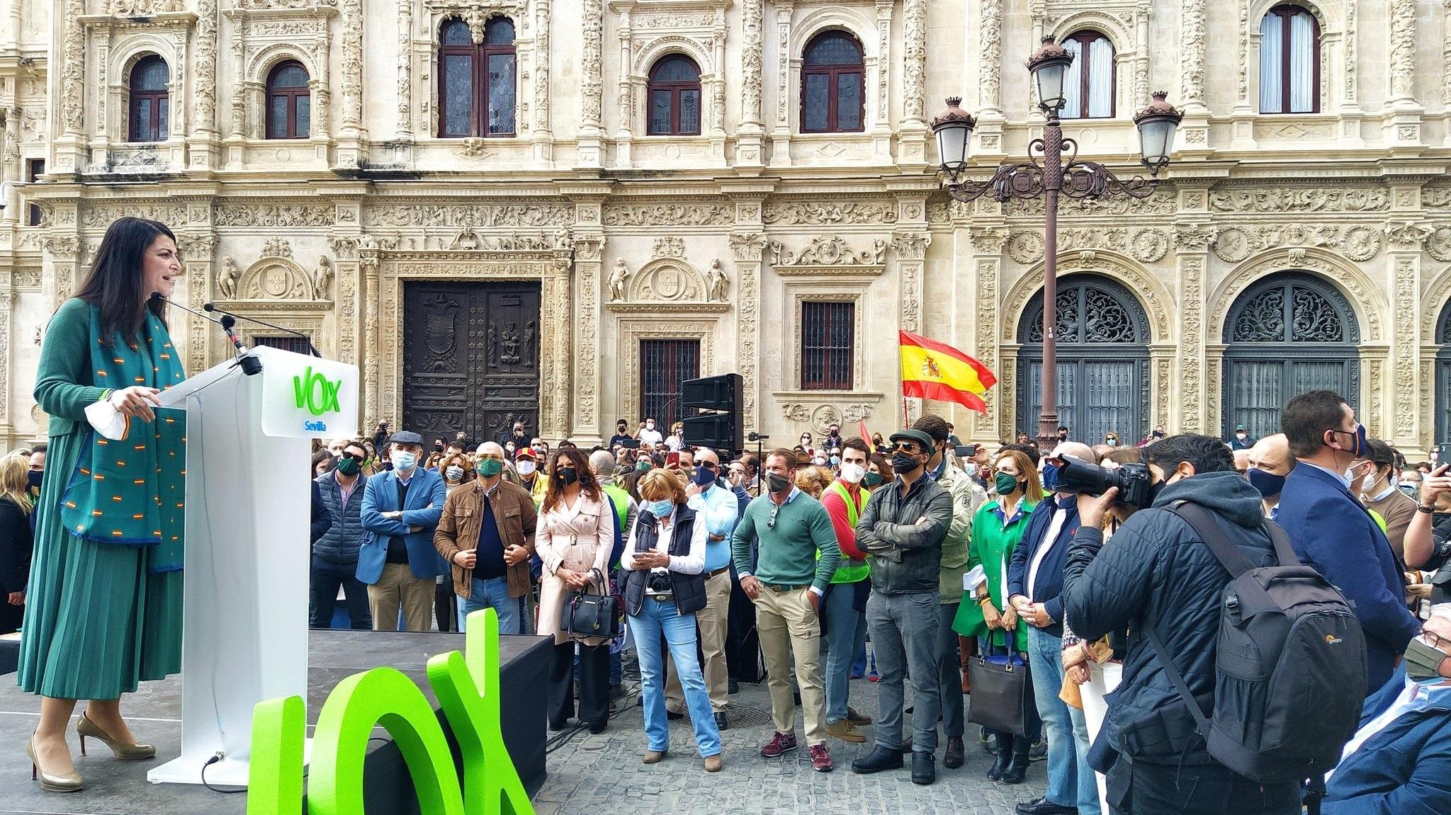 La portavoz adjunta de Vox en el Congreso de los Diputados, Macarena Olona, este 28F en Sevilla