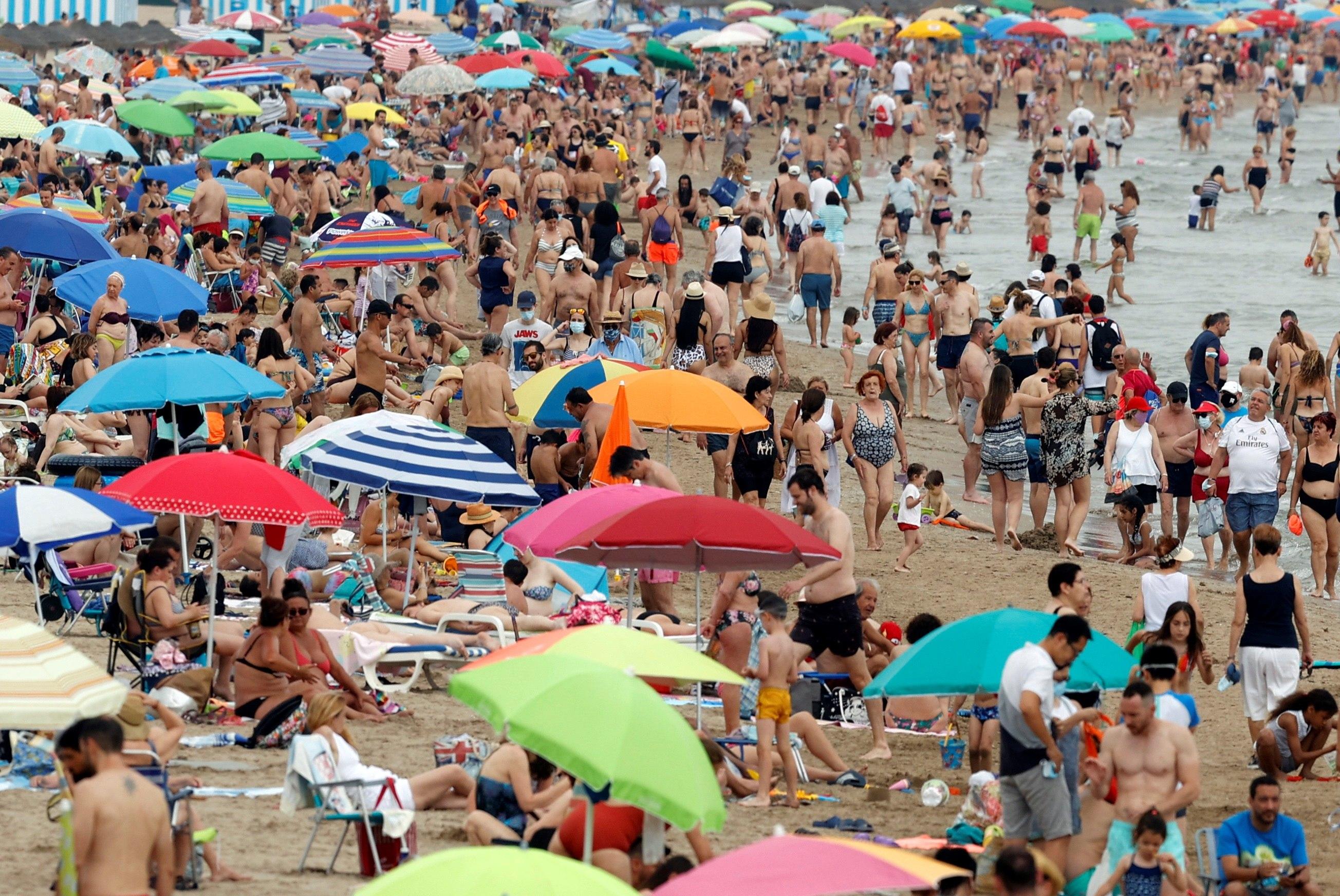 La Comunitat Valenciana registra un domingo veraniego 35 grados y noches tropicales