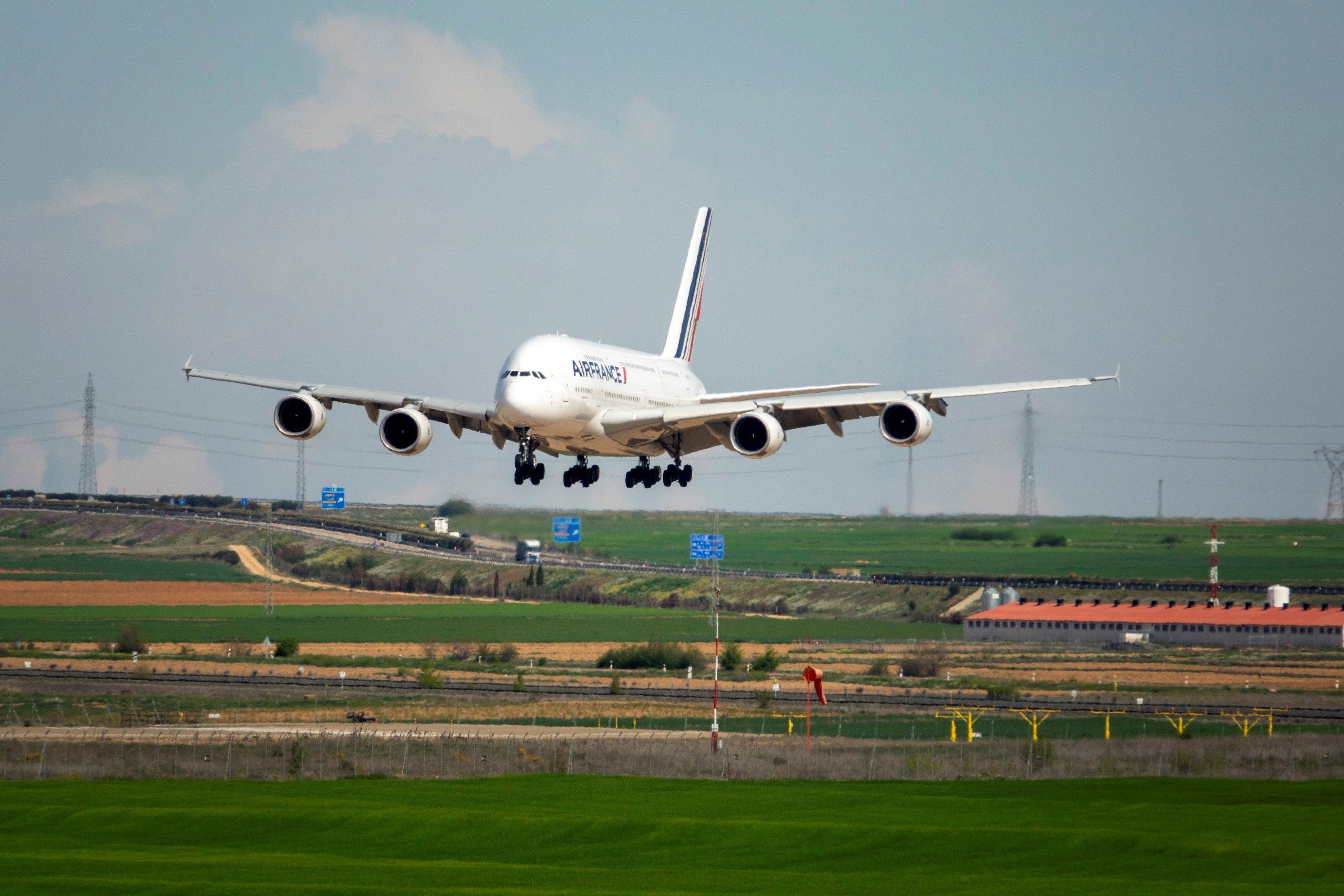 Air France ha trasladado sus A-380 al aeropuerto de Teruel para su estacionamiento y mantenimiento