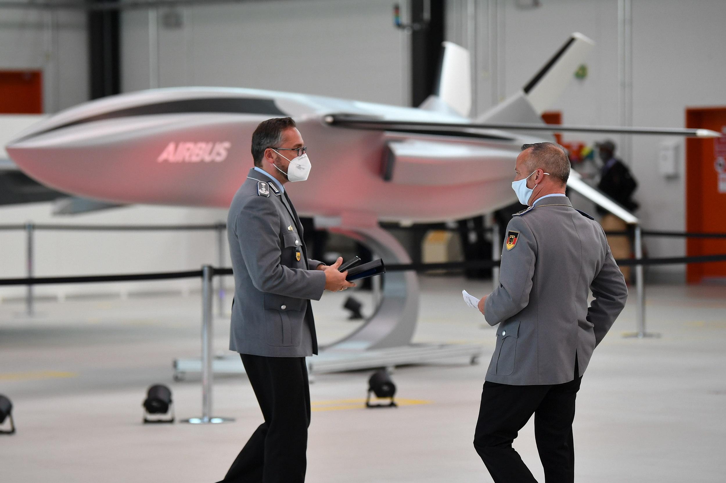 Un brote de coronavirus en Airbus obliga a poner en cuarentena a 500 empleados