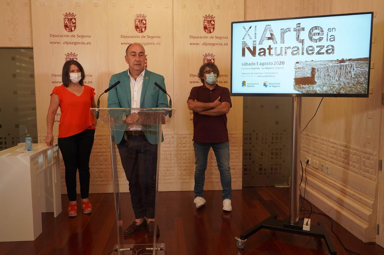 El presidente de la Diputación de Segovia, Miguel Ángel de Vicente, presenta Arte en la Naturaleza
