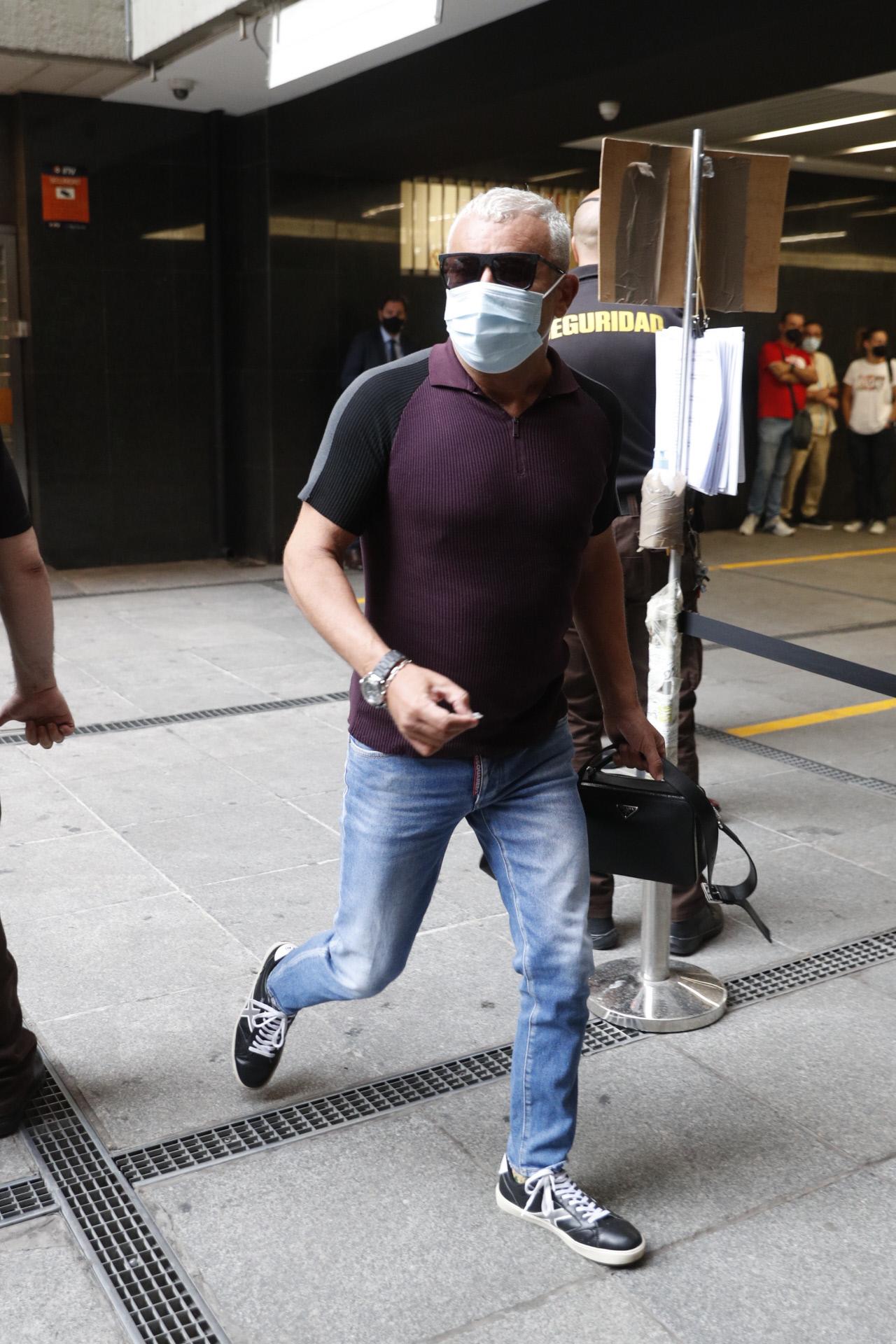 Jorge Javier Vazquez a su llegada a un juicio contra la Fabrica de la Tele en Madrid. 07/09/2021