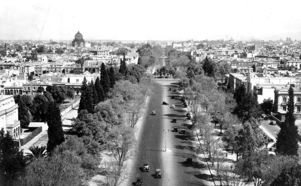 Imagen antigua del Paseo de la Reforma