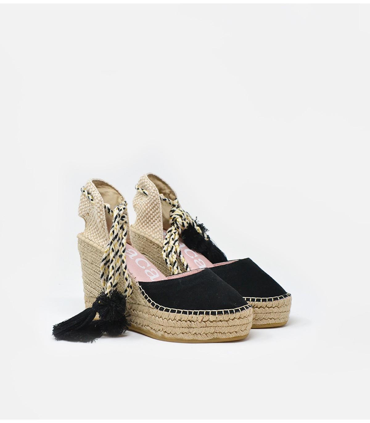 Alpargatas Macarena Shoes.