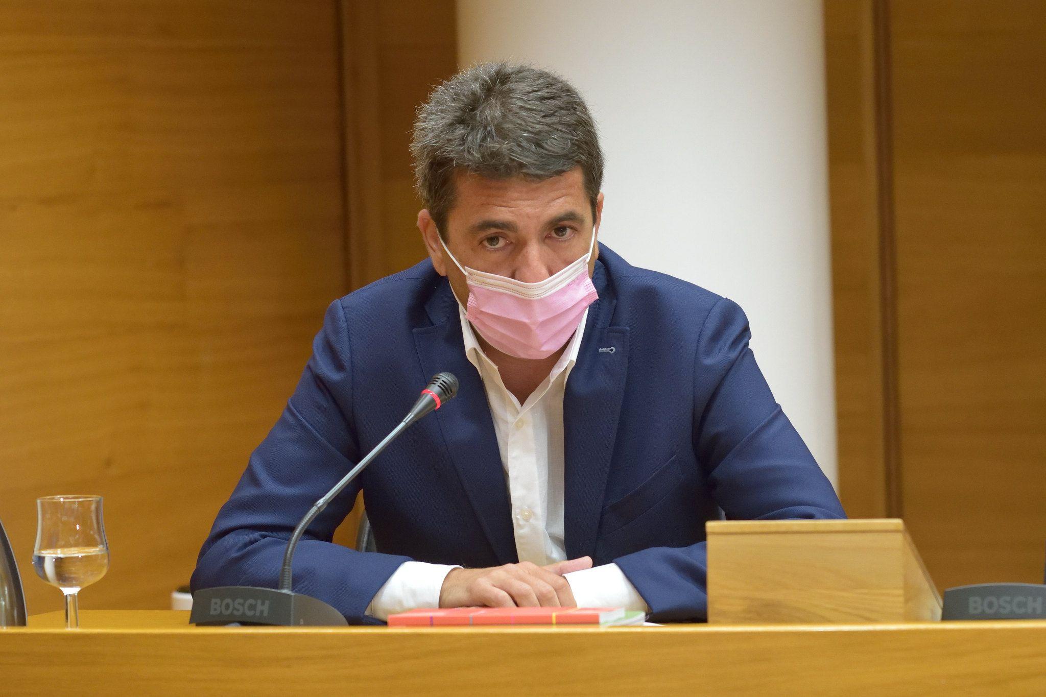 Mazón marca su discurso: propuestas para la calle, la crítica para Les Corts