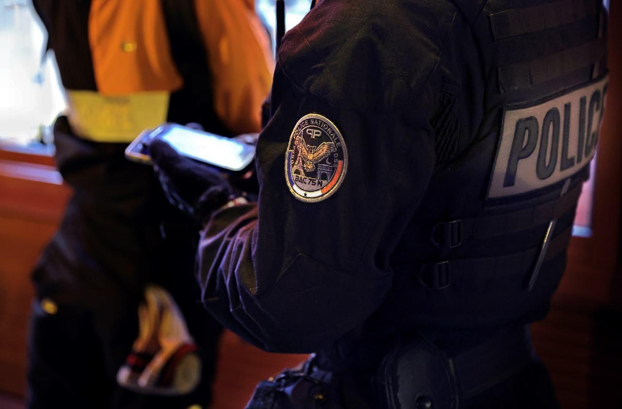 En colère après l'interview de Macron, des syndicats policiers appellent à cesser les contrôles