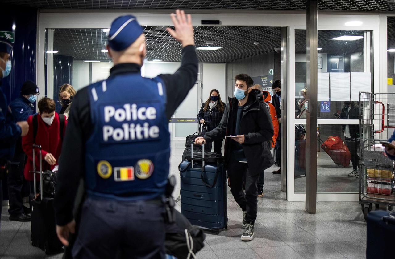 Covid-19 : la Belgique bannit les voyages non essentiels hors de ses frontières
