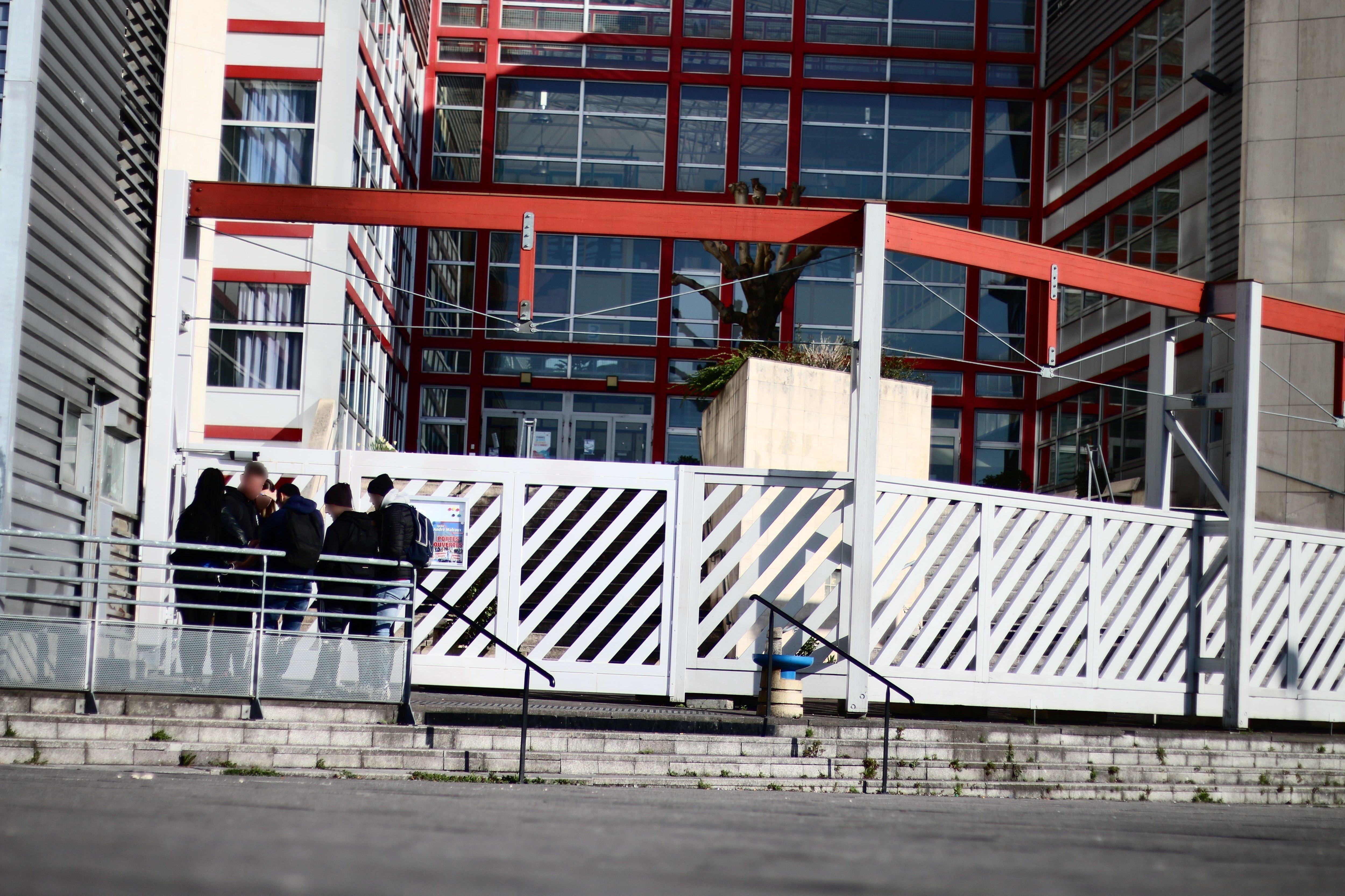 Attaque au mortier du lycée André-Malraux de Montataire : un cinquième mineur mis en examen