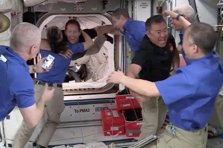 «C'est incroyable d'être de retour» : Thomas Pesquet et ses coéquipiers ont rejoint l'ISS