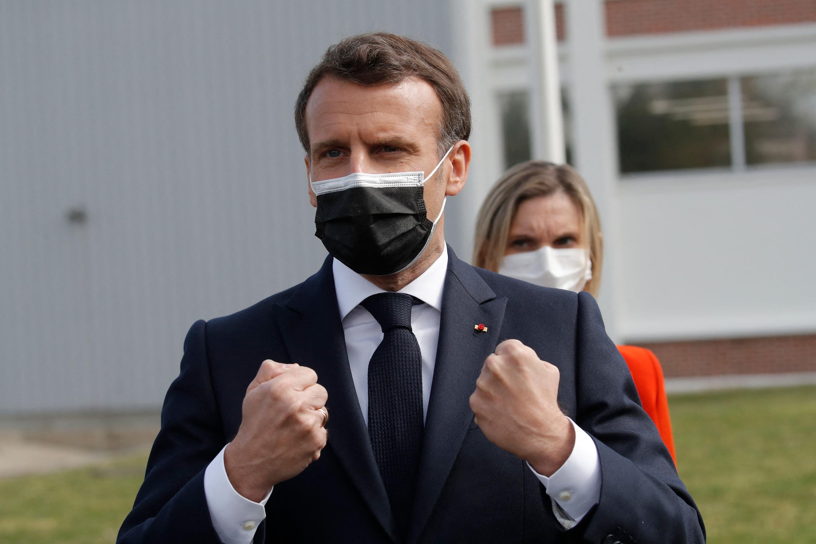 Vaccins anti-Covid: Macron anticipe «250millions de doses de vaccin» produites en France pour 2021
