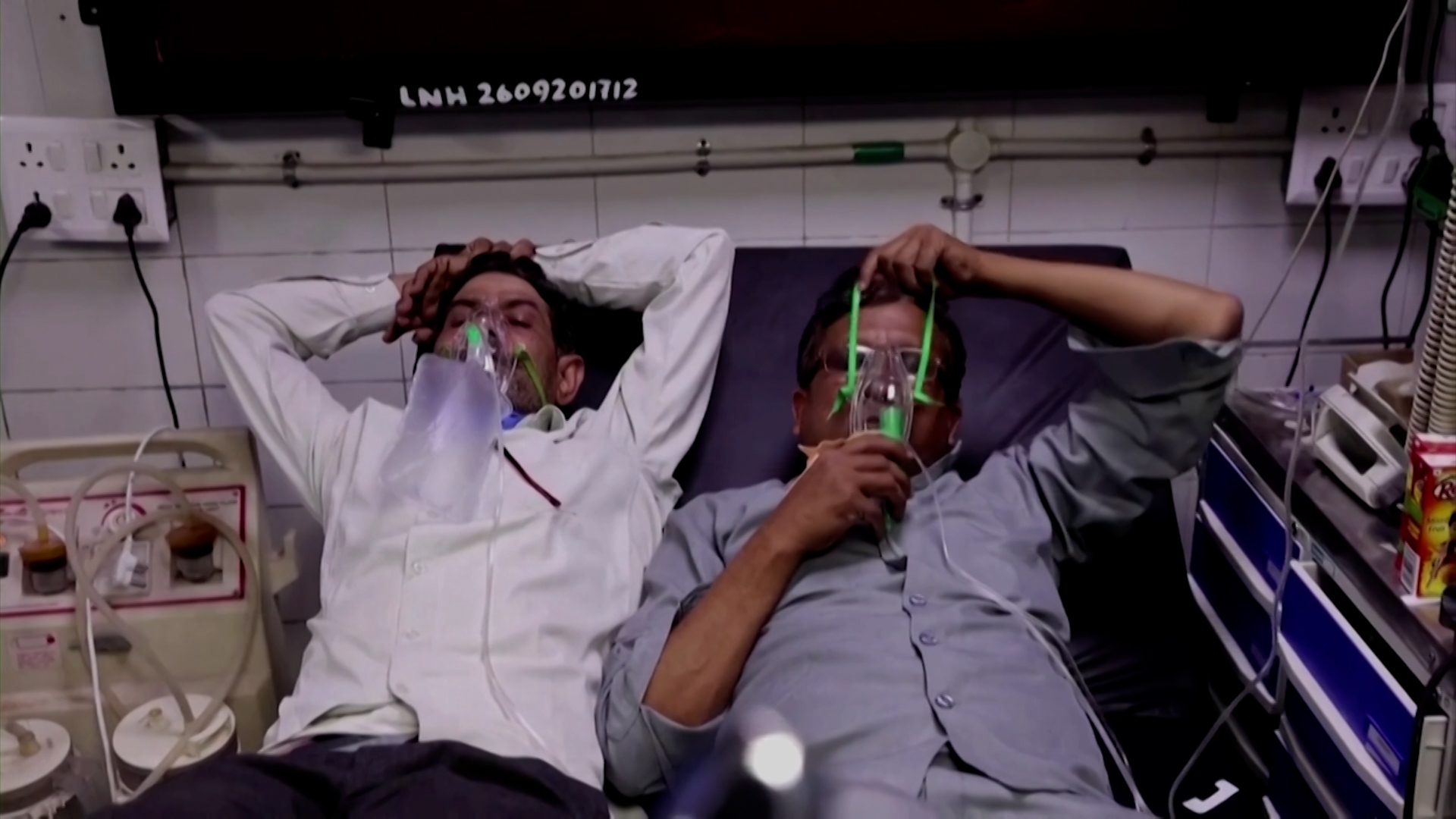 VIDÉO. Covid-19 : hôpitaux débordés, pénurie d'oxygène, variant inquiétant… L'Inde en plein cauchemar