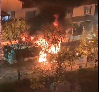 Sartrouville : un bus aspergé d'essence et incendié dans la Cité des Indes