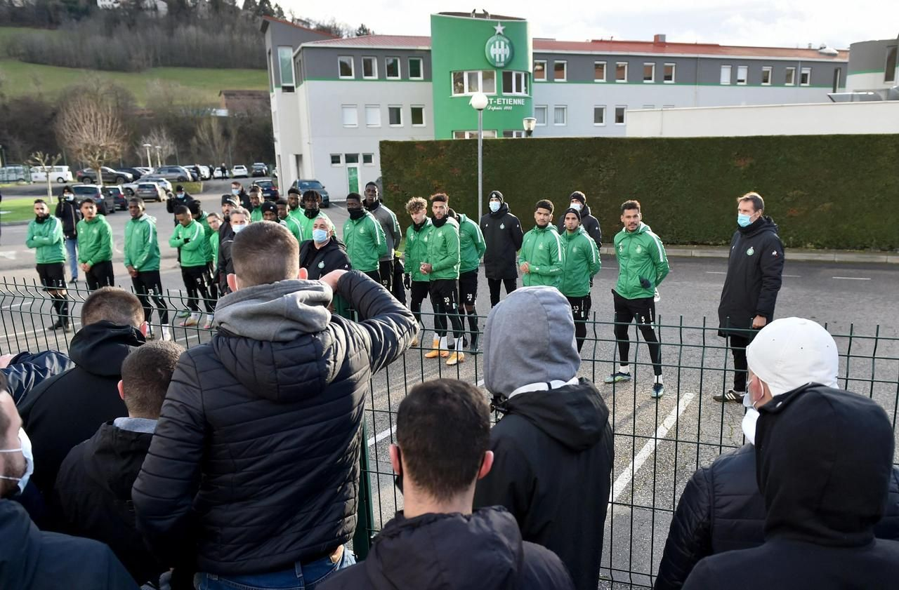 Ligue 1 : avant le derby face à l'OL, Saint-Etienne à l'heure du système D