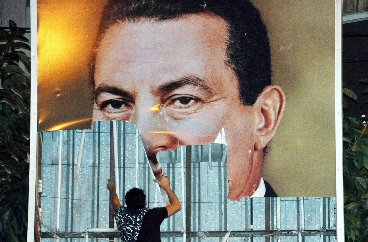 Dix ans de la place Tahrir : la révolution a laissé un goût amer en Egypte