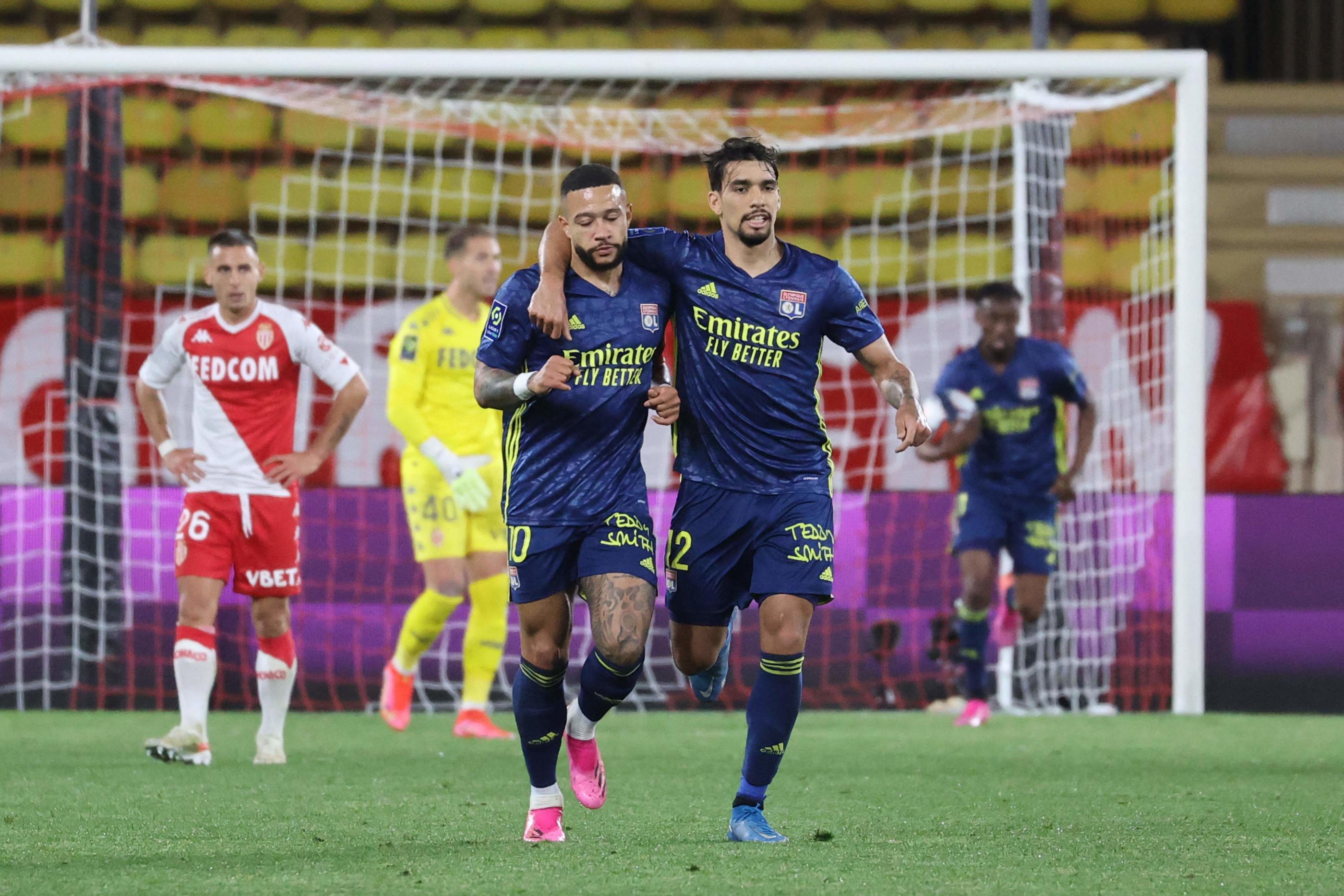 Ligue 1 : Lyon fait craquer Monaco et revient à sa hauteur