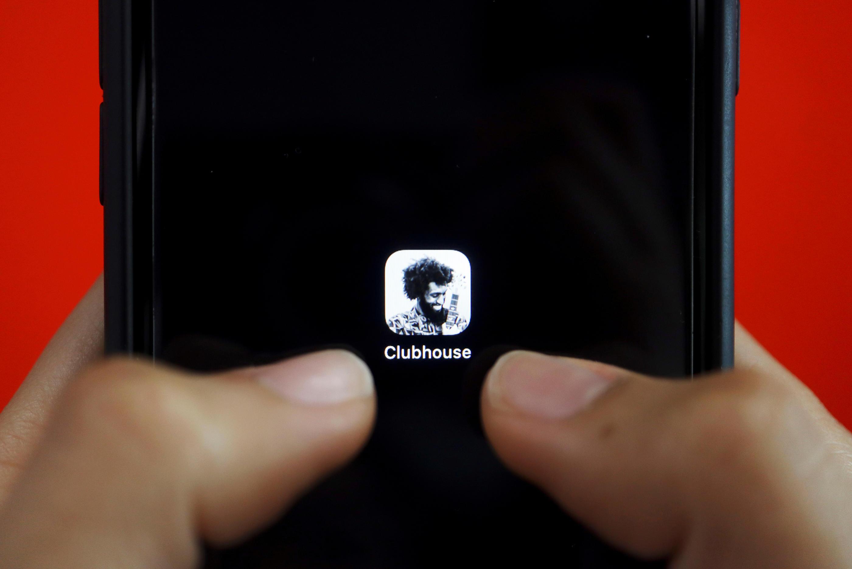 C'est quoi Clubhouse, le réseau social hyper sélectif qui intrigue ? - Le Parisien