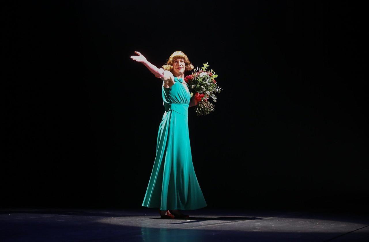 Reconfinement : après deux représentations, Mme Fraize tire déjà le rideau