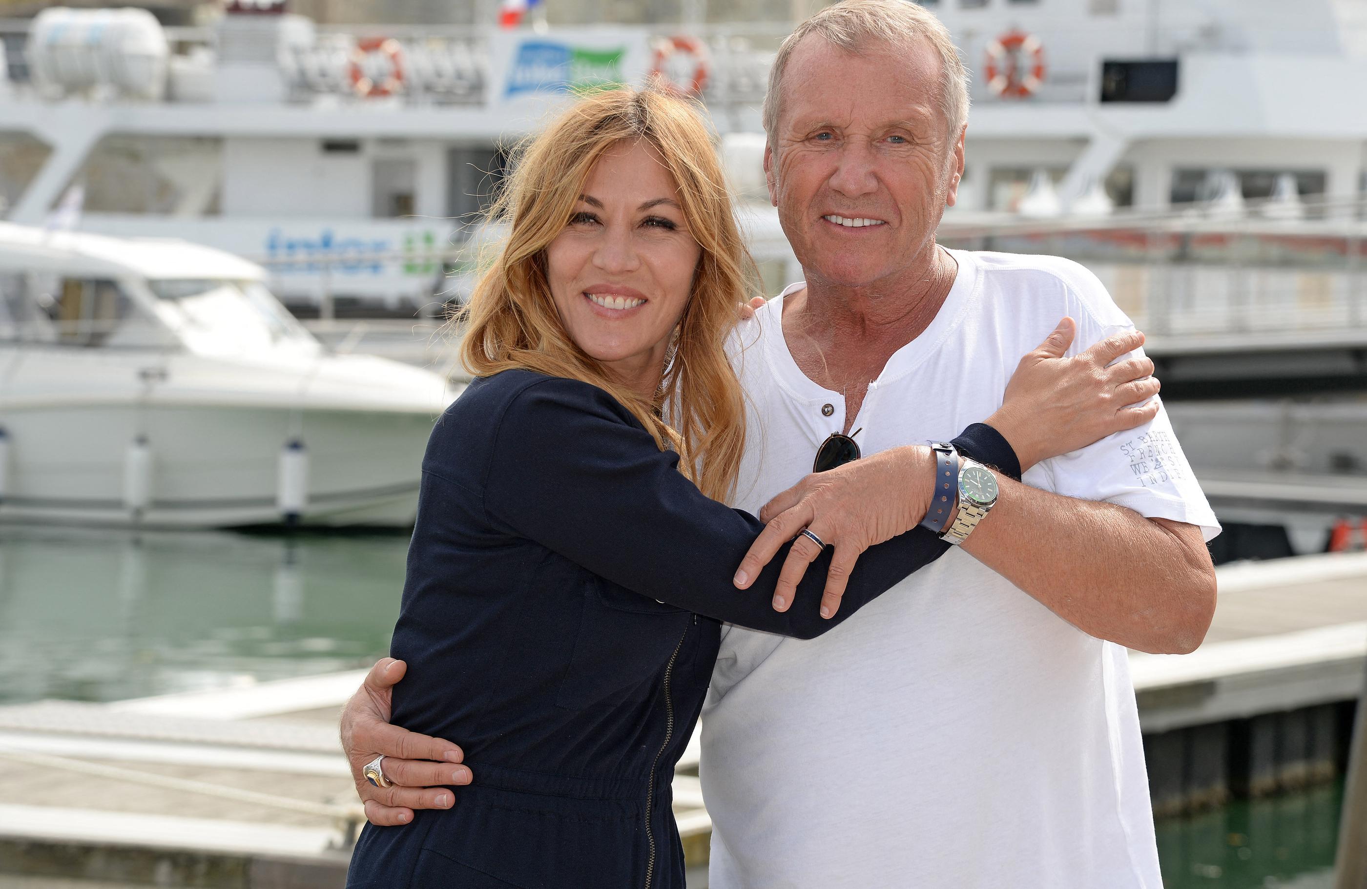 Décès d'Yves Rénier : «C'était une des personnes les plus importantes de ma vie», confie Mathilde Seigner