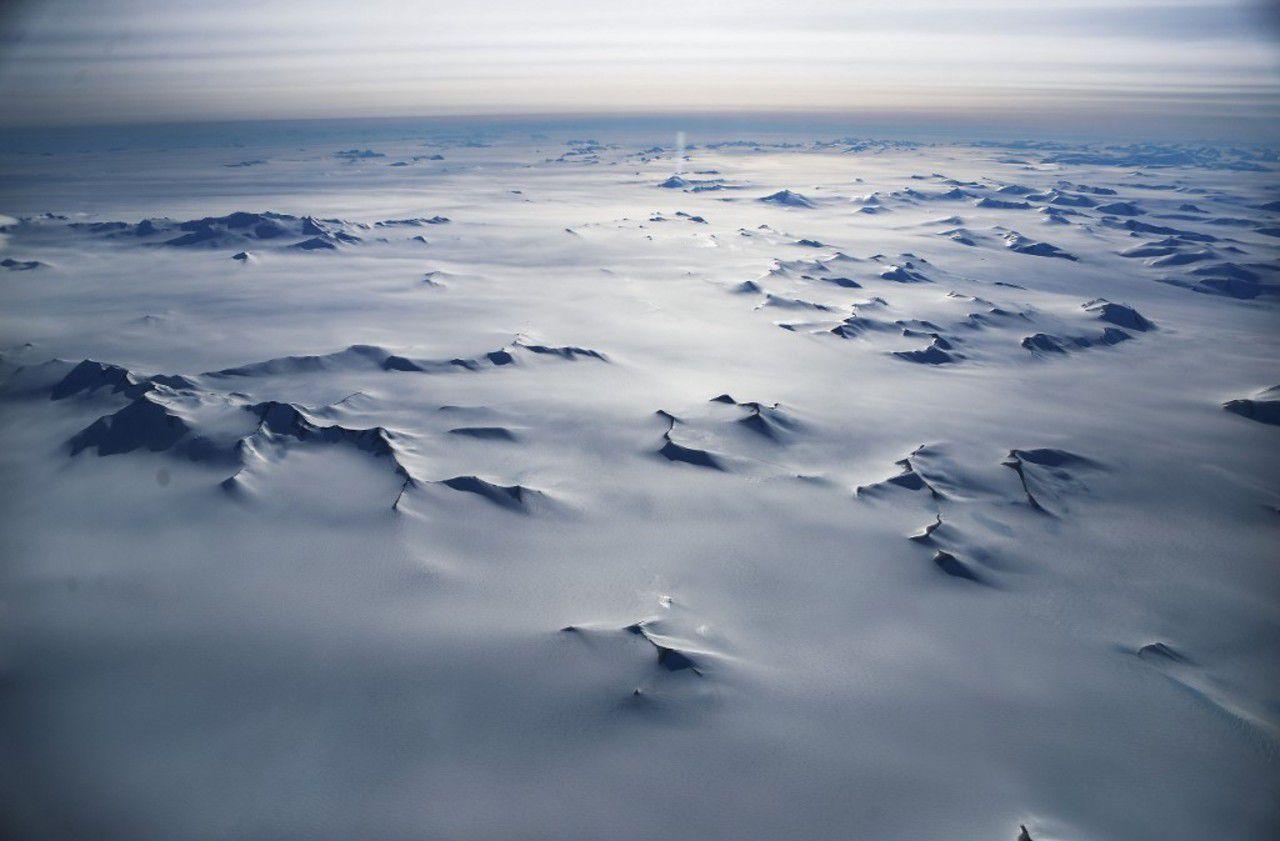Un univers parallèle détecté en Antarctique ? Itinéraire d'une fable un peu trop belle...