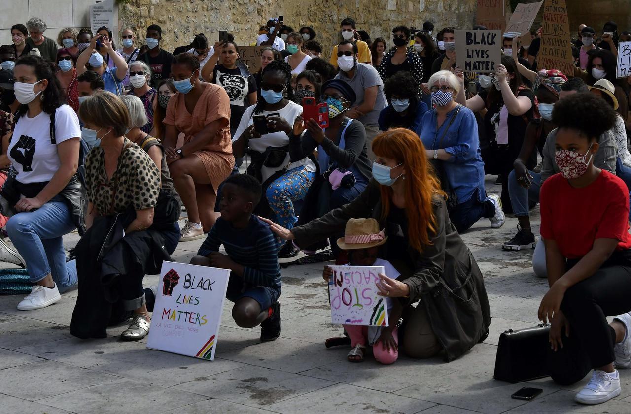 Mort de George Floyd aux Etats-Unis : manifestations de soutien à Paris et Bordeaux