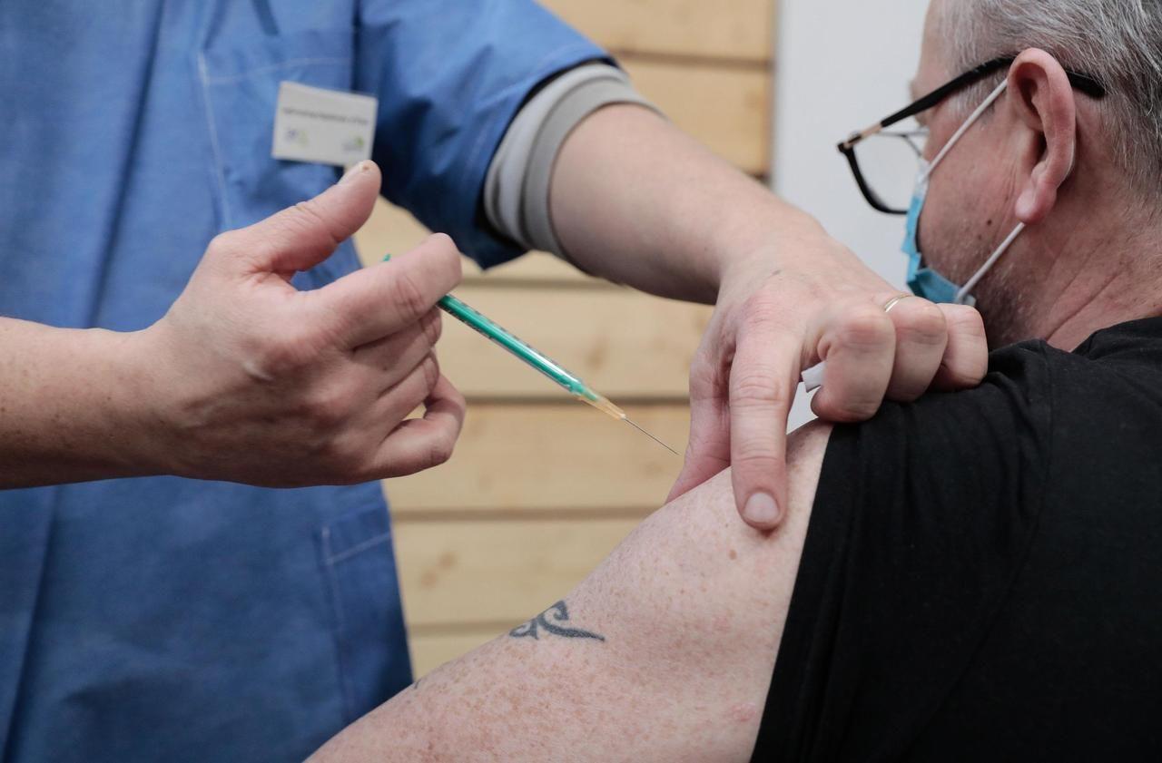 Vaccination contre le Covid-19 : entre la première et la seconde dose, il faut désormais attendre 42 jours