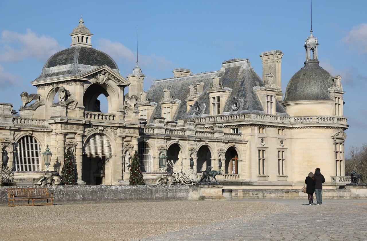 «Comment je paie les salaires ?» : le château de Chantilly plombé par la crise