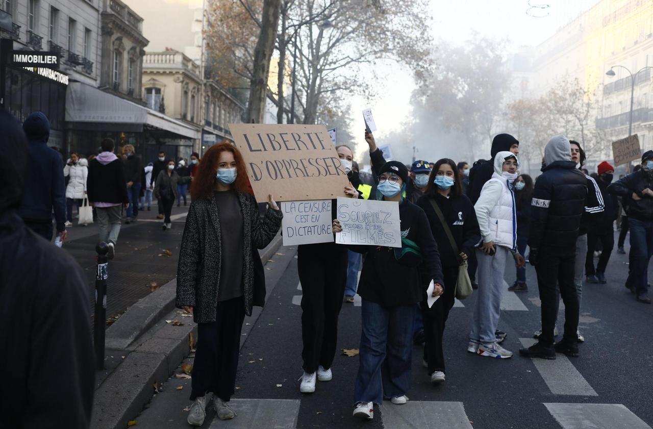 Loi Sécurité globale : des manifestants accusent la police de violences à Paris