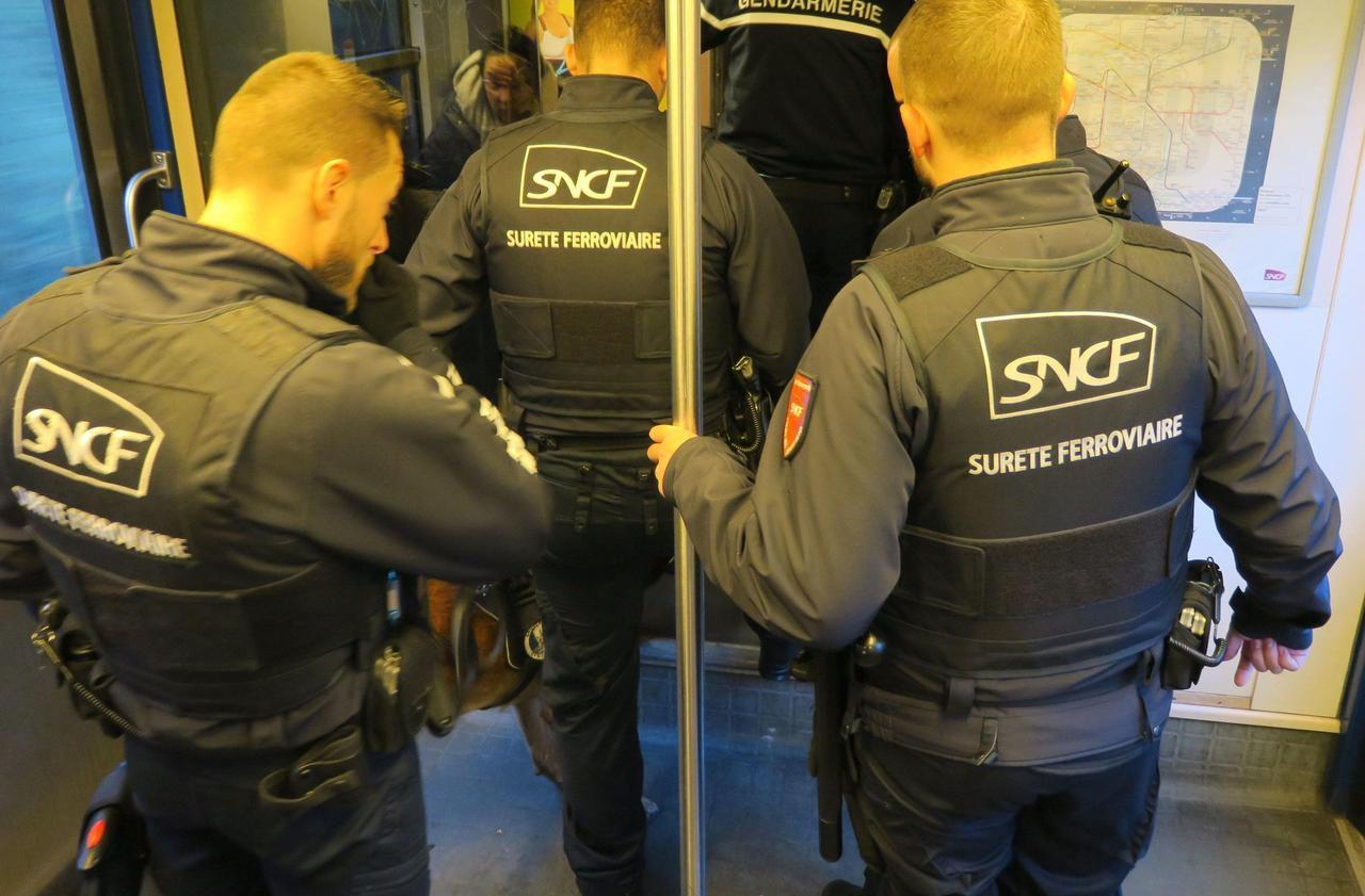 Yvelines : torturée avec une batterie de voiture par son