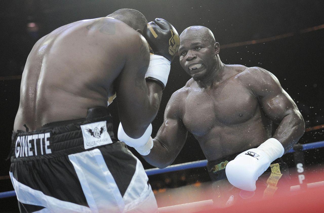 Boxe : Carlos Takam gagne en pensant à son père récemment décédé
