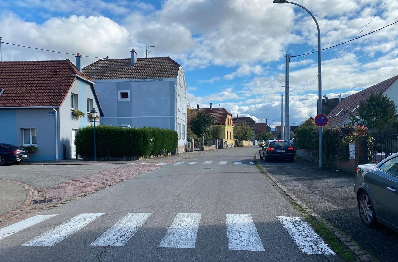 Dans le village alsacien, les voisins du violeur en série présumé tombent de haut