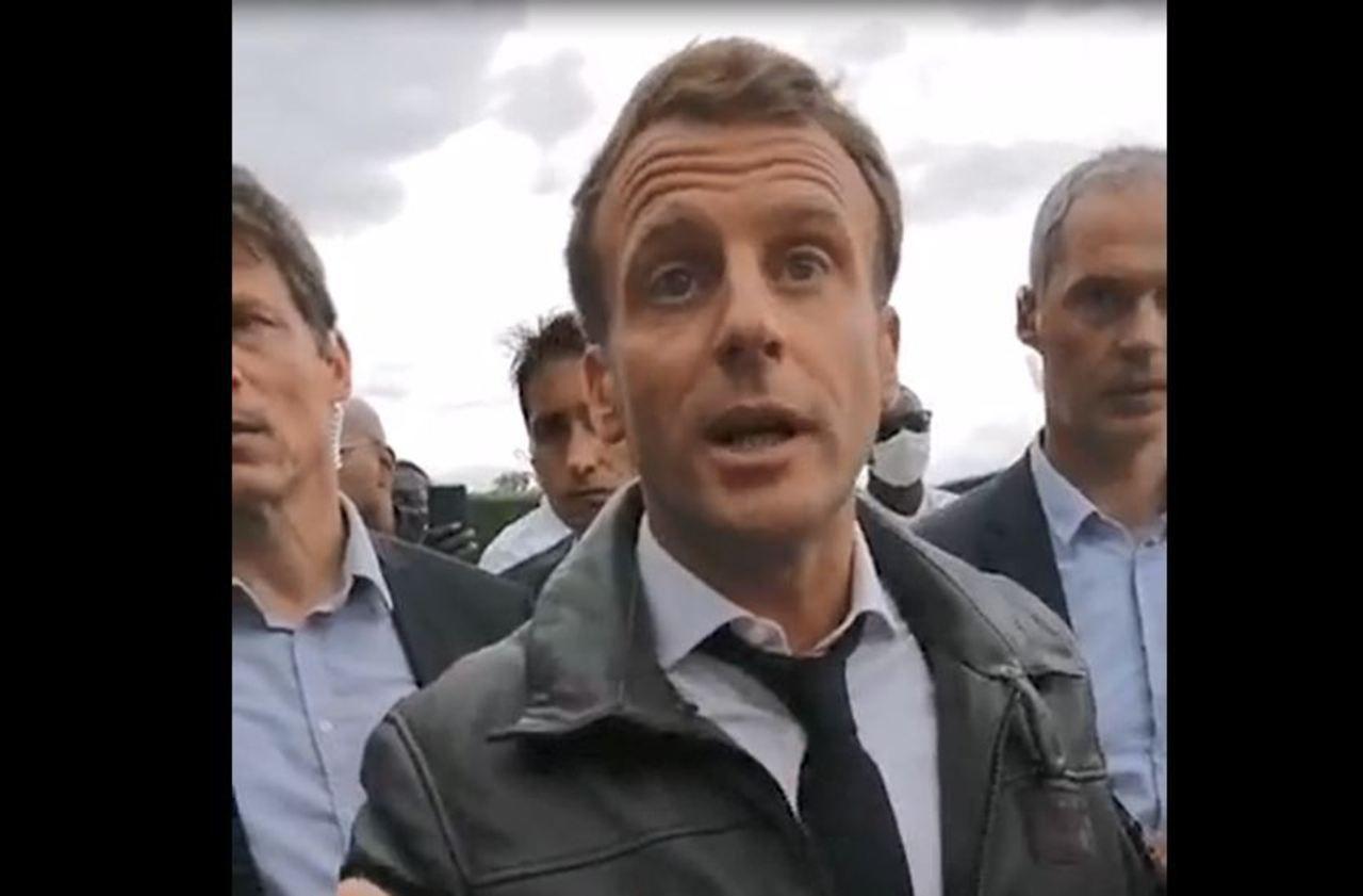 «Il m'a eu» : le Gilet jaune qui a interpellé Macron raconte son 14 juillet