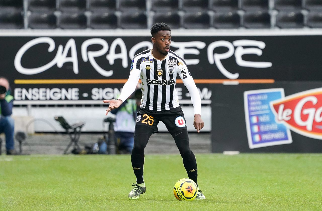 Angers-PSG : «Le Moise Kean que je connais, c'est celui de Paris», confie Abdoulaye Bamba
