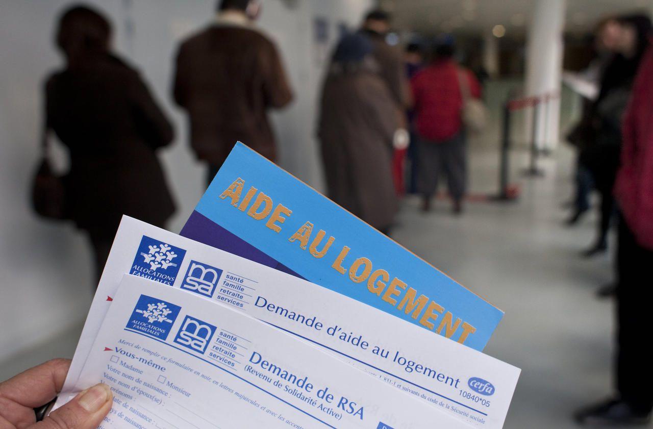 Une aide de 150 euros versée fin novembre à 1,1 million de jeunes - Le Parisien