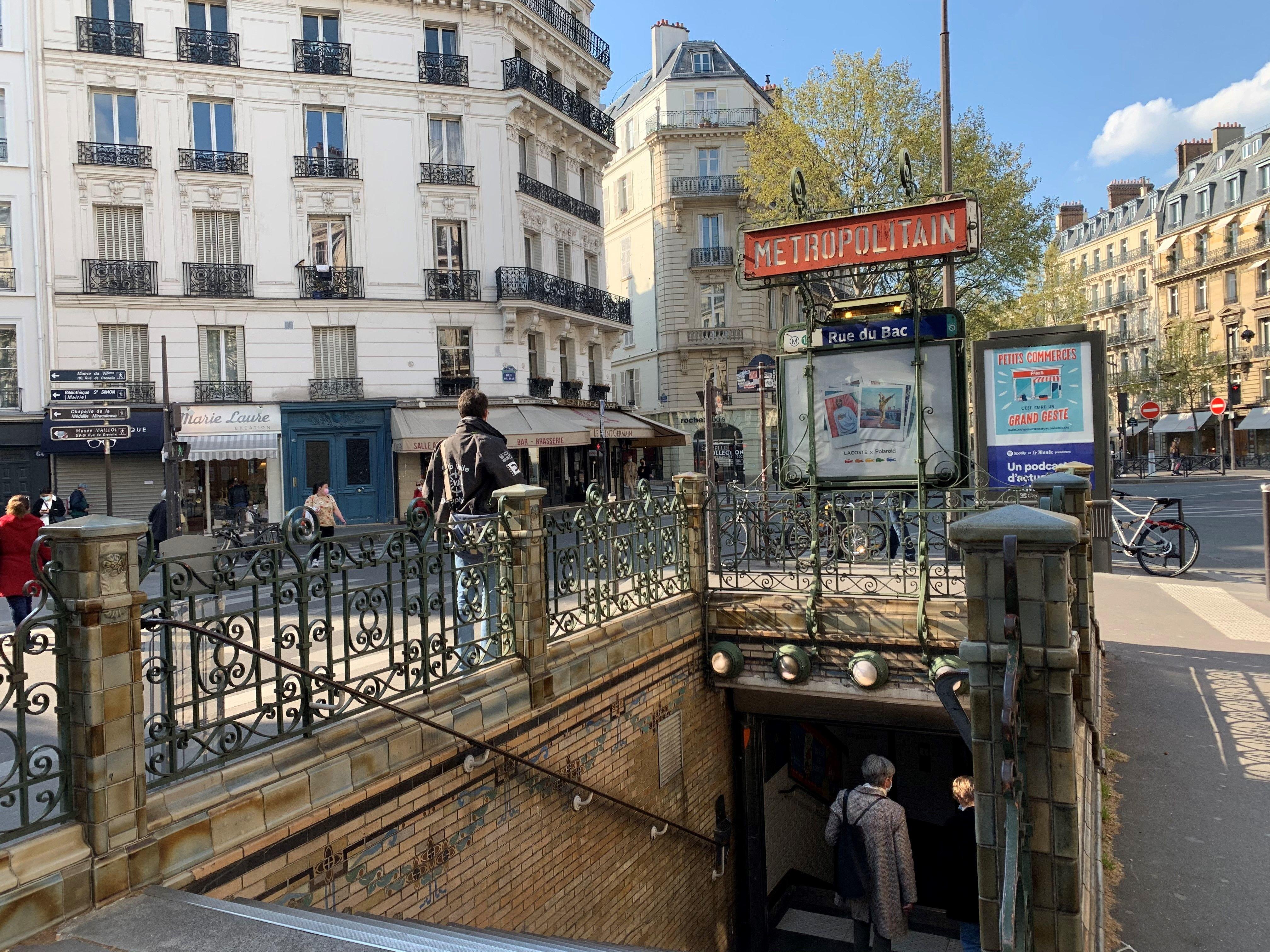 Immobilier : la ligne 12 du métro parisien passe par toutes les gammes de prix !