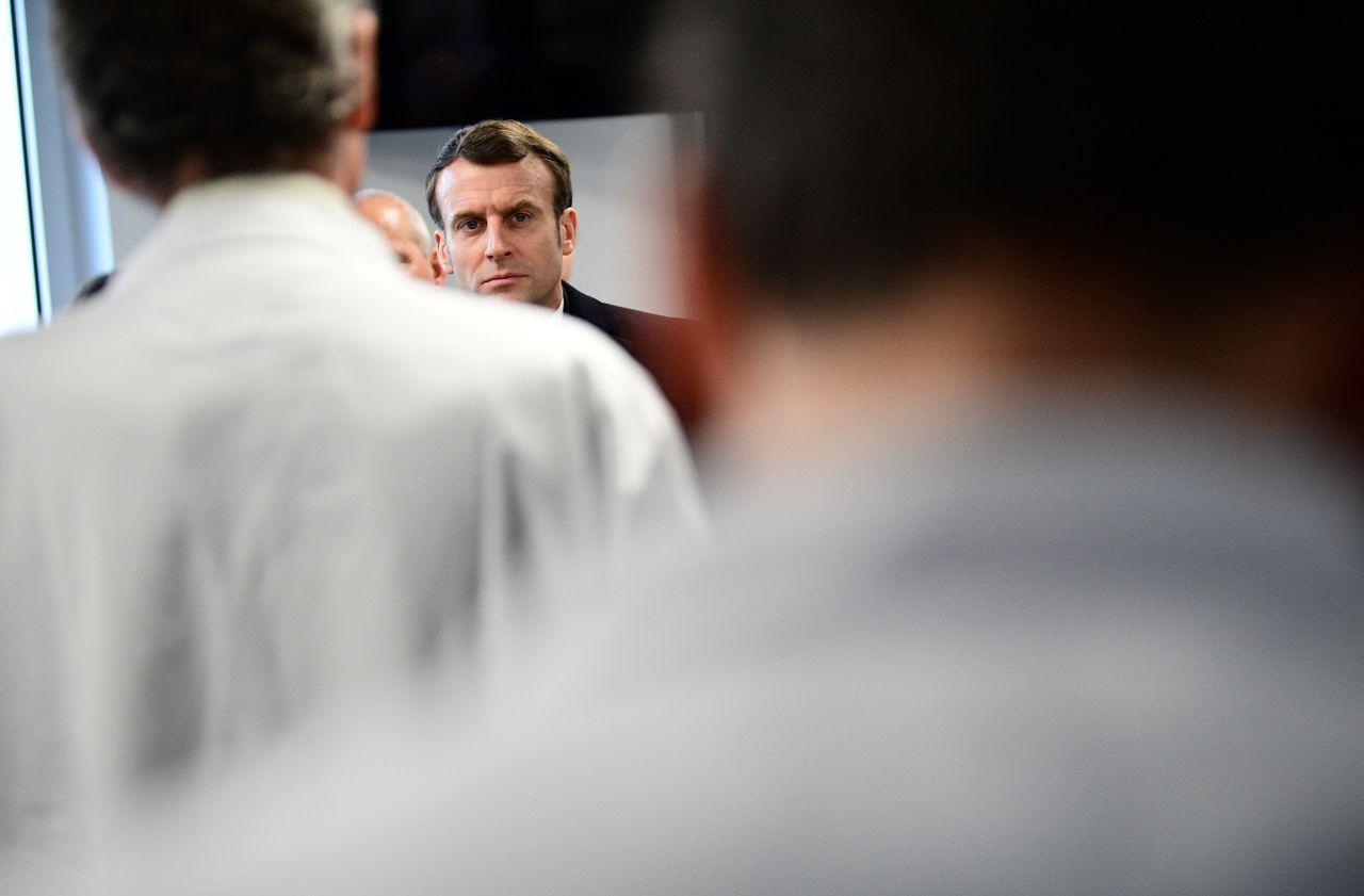 A l'hôpital Foch, Macron se penche jeudi sur la prise en charge du «Covid long»