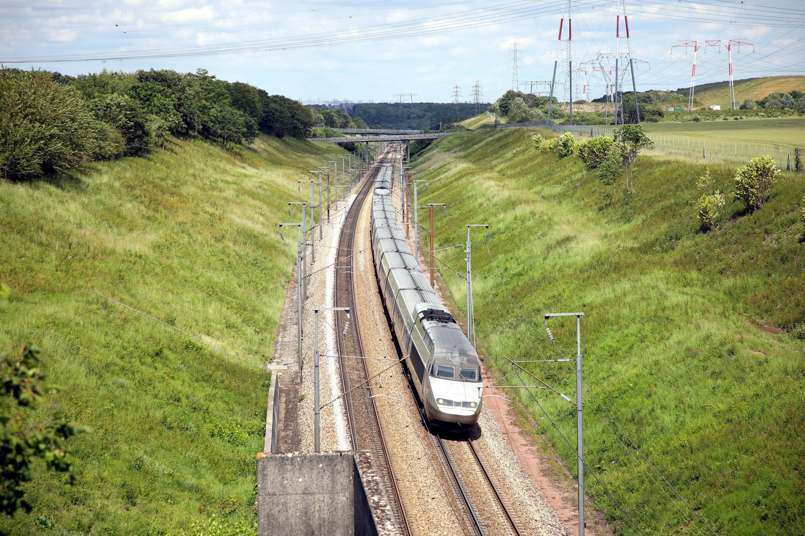 4,1 milliards d'euros pour le lancement de la LGV Bordeaux-Toulouse : la drôle de surprise de Castex
