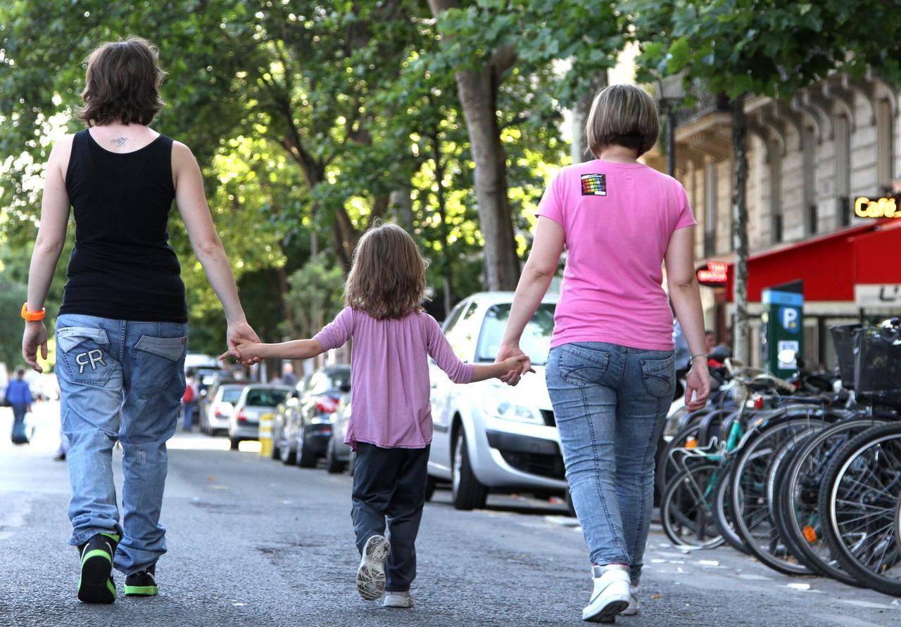 rencontre gay avec tel à Neuilly sur Marne