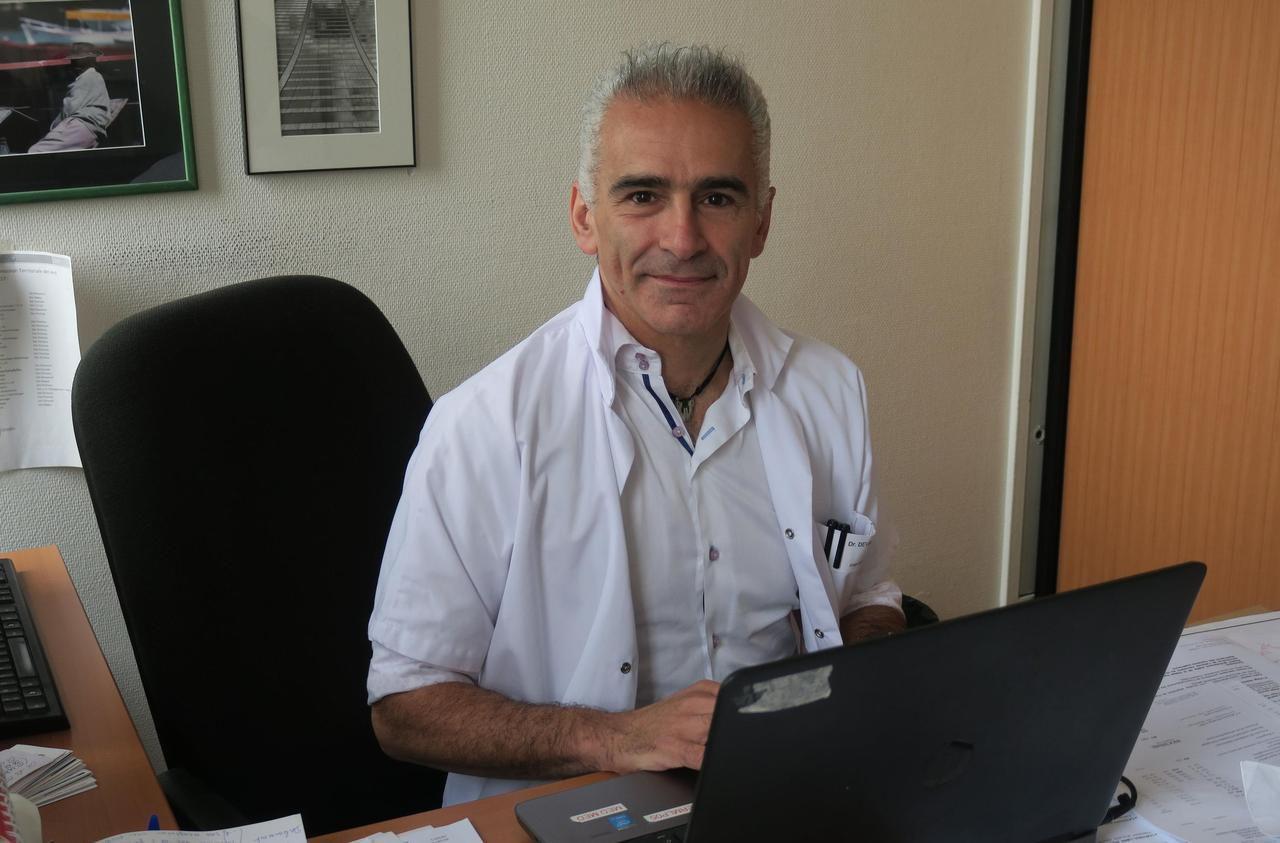 Défilé du 14 Juillet : Edouard, infectiologue à Pontoise, «veut porter la mémoire des malades»