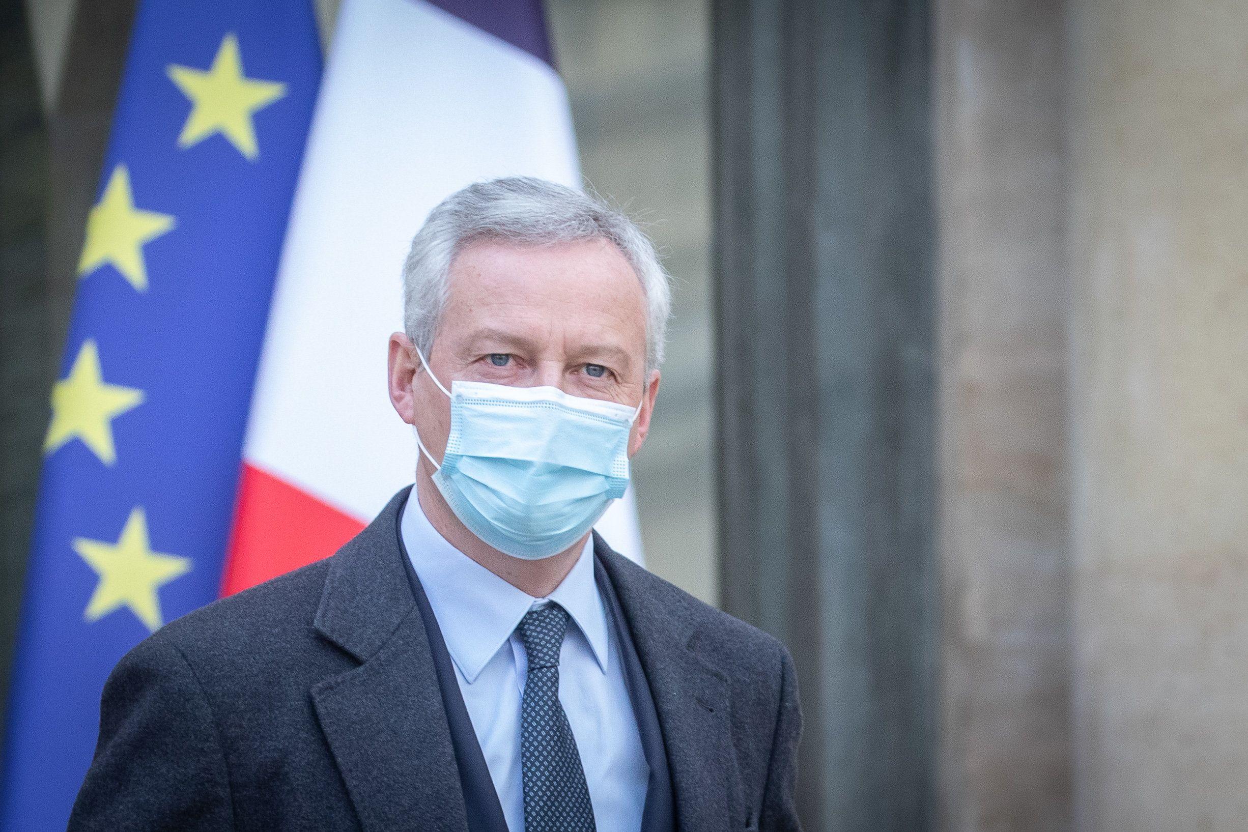 Déconfinement : Bruno Le Maire promet une alternative à la jauge des 50% pour les petites terrasses