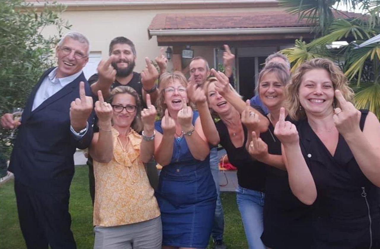 Municipales dans l'Oise : les doigts d'honneur de la victoire déchaînent les passions