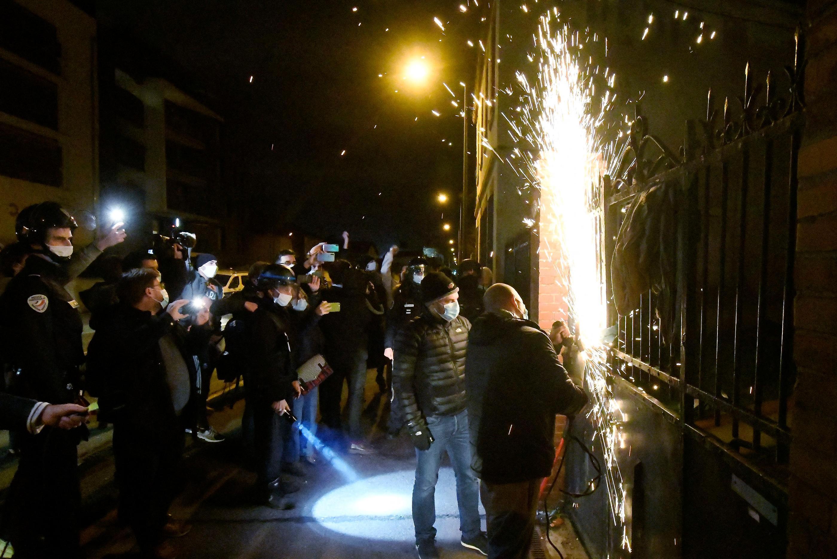 Toulouse : sous la pression des voisins, les squatteurs ont quitté la maison de Roland, 88 ans - Le Parisien