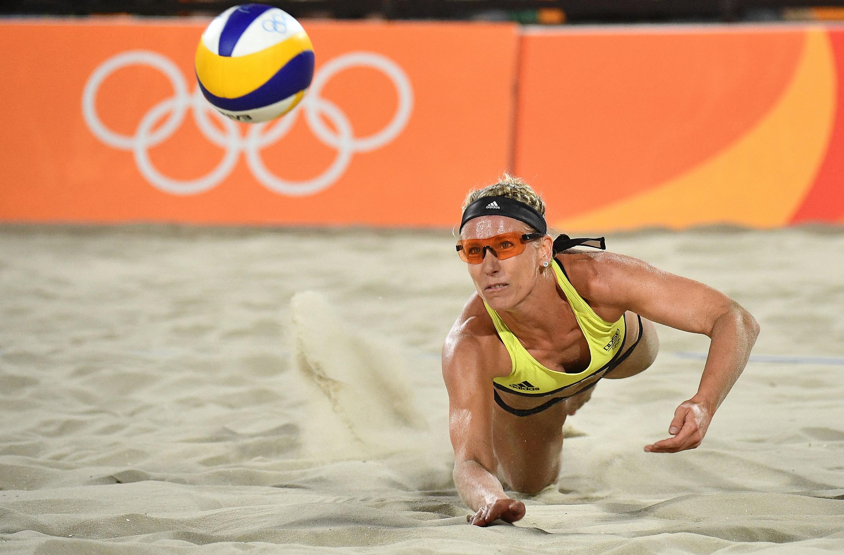 Beach-volley : les joueuses pourront bien porter les bikinis lors du tournoi au Qatar - Le Parisien