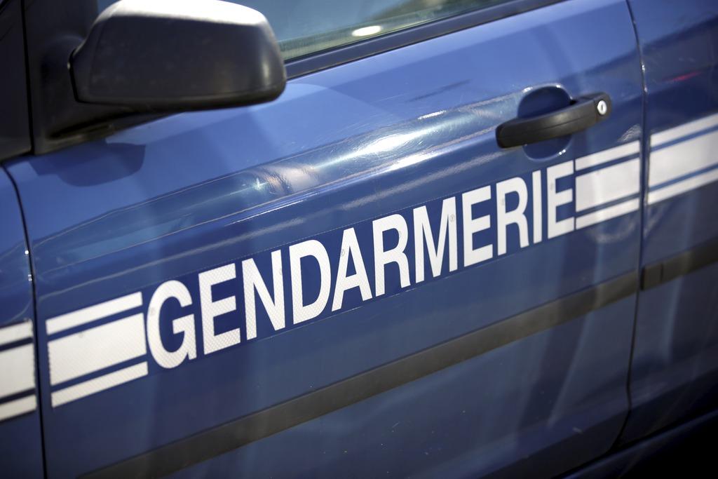 Oise : le frein à main de la voiture des parents lâche, leur petit garçon meurt écrasé