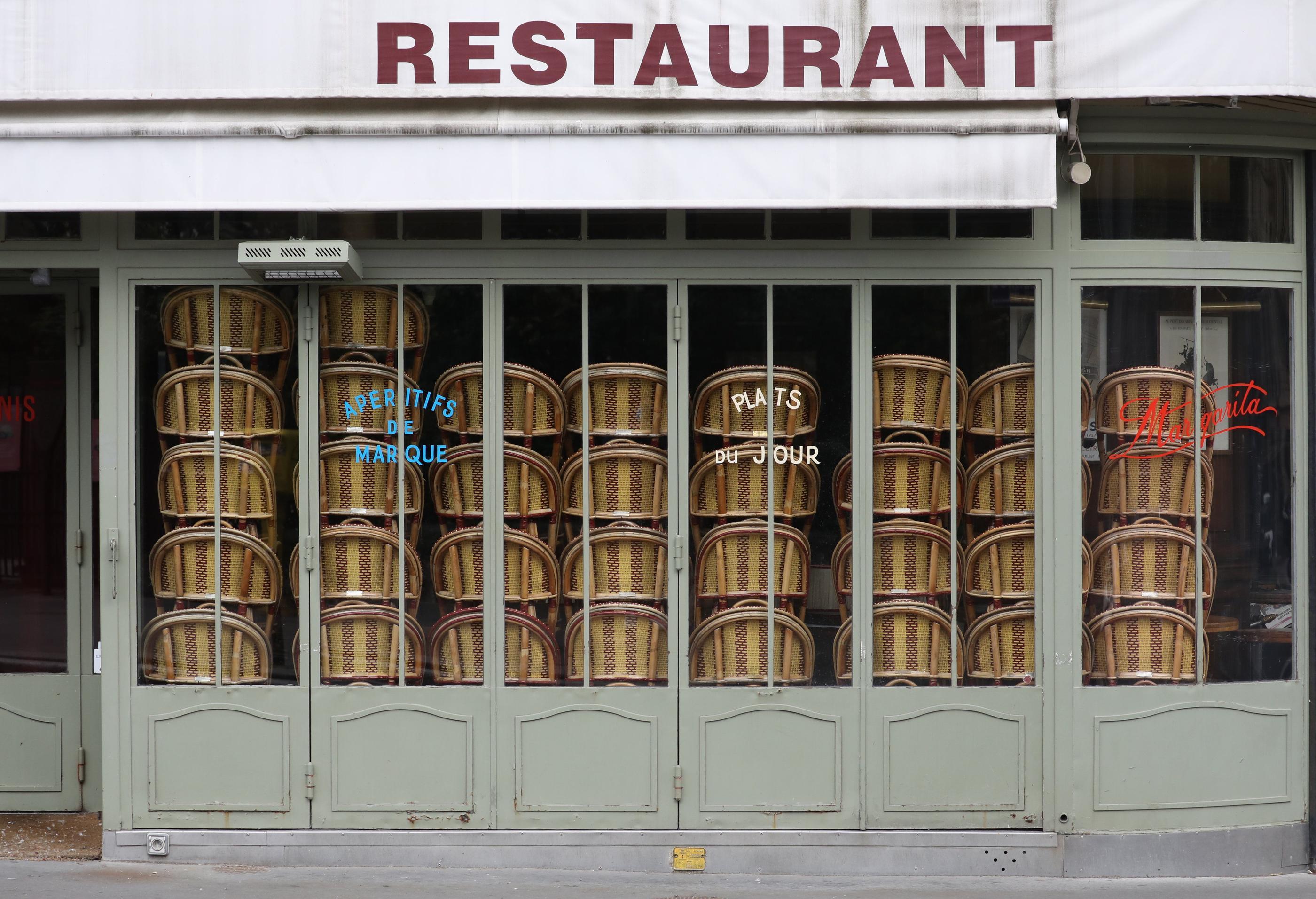 Restaurants fermés : malgré ses défaites judiciaires, l'assureur Axa ne lâche rien