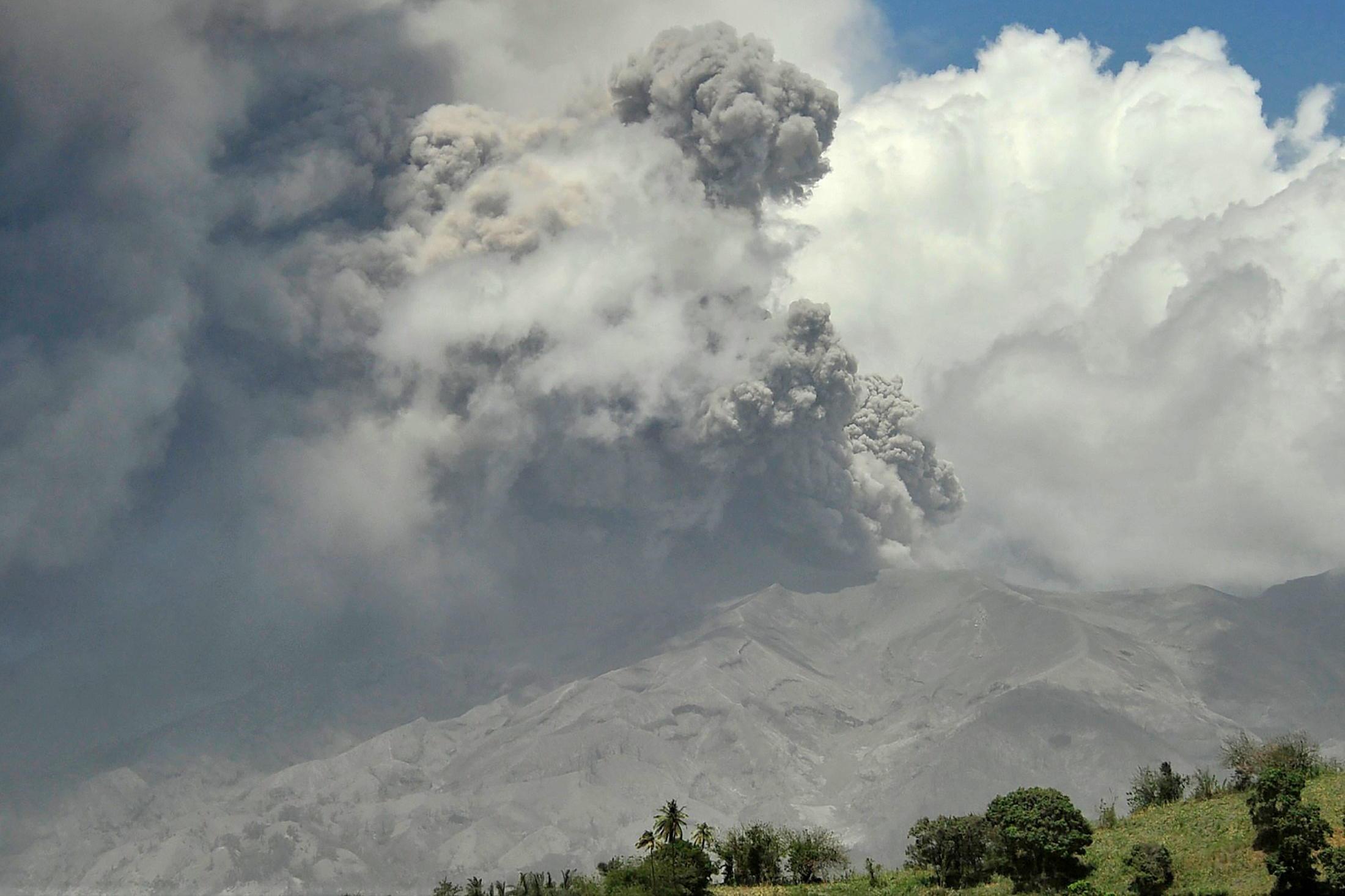 Islande, Réunion, Sicile... quand les volcans se réveillent en même temps