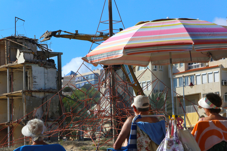 Arenales del Sol se libra de su hotel en ruinas tras 25 años de litigio