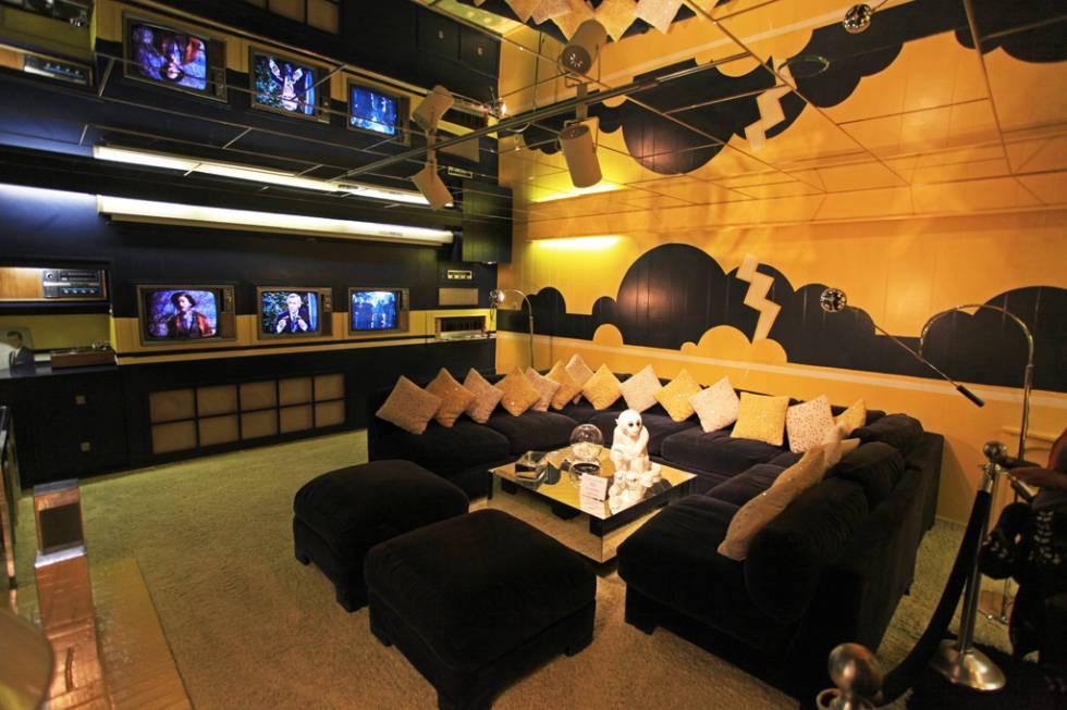 Los rincones más extravagantes de Graceland, la mansión donde Elvis Presley  reflejó todas sus obsesiones | ICON Design | EL PAÍS